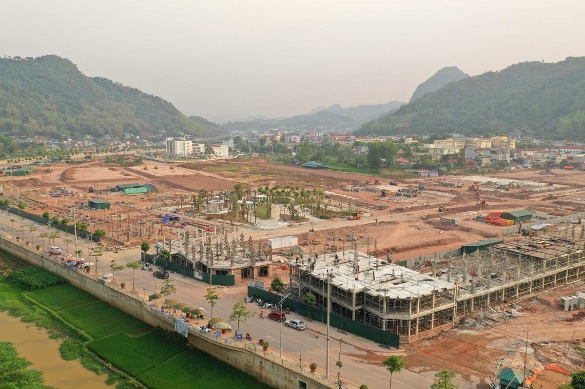 Picenza Riverside - Công trường không ngủ giữa trung tâm thành phố Sơn La